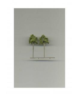 2 arbres feuillus en métal photodécoupé et floqué vert clair - 25,00mm ( 606750 )